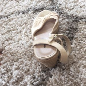 American Eagle Outfitters Shoes - American Eagle Cream Wedges Size 7